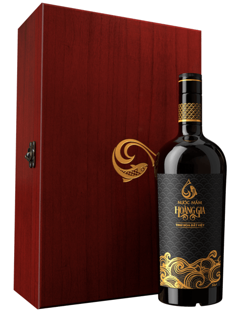 Royal Fish Sauce 750ml (with wooden case)